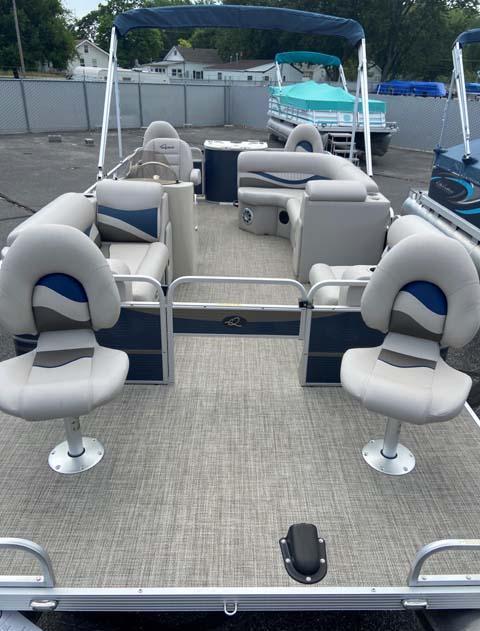 2019 Qwest Adventure 820 VX Sport Cruise