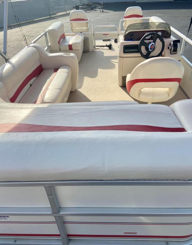 USED - 2009 Suntracker Party Barge 200 Pontoon Boat