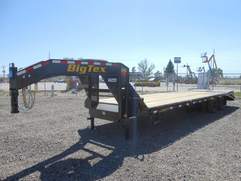 2021 Big Tex 22GN-25+5MR Gooseneck Flatbed w/ MEGA RAMPS