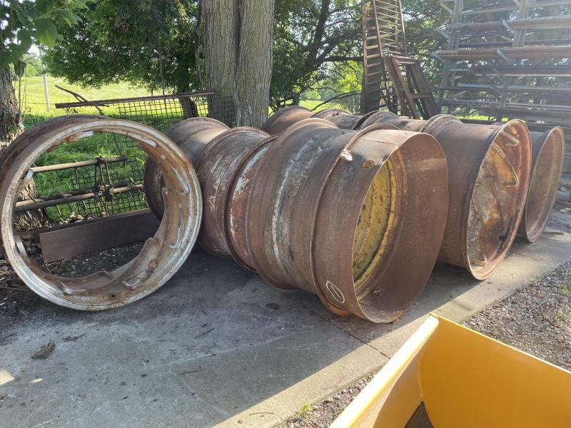 Fire Pits/ Tractor Wheels