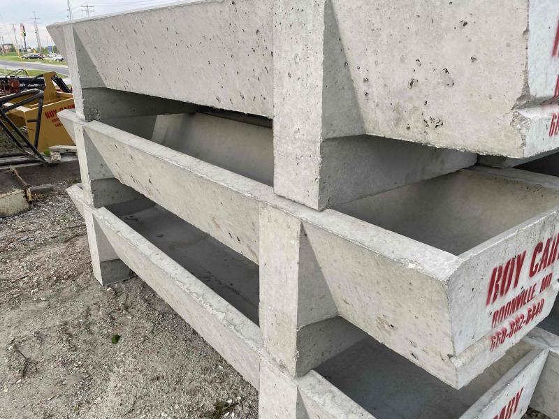 Livestock Concrete Feed Troughs