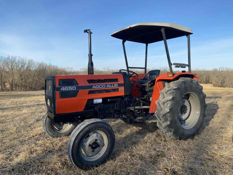 1992 Other 4650 Tractor