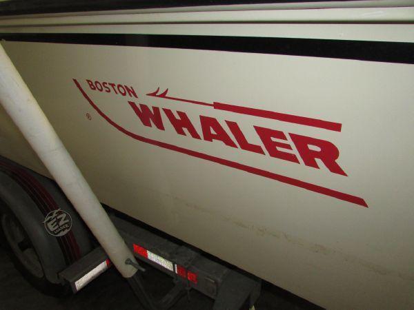 25' Boston Whaler 250 Outrage