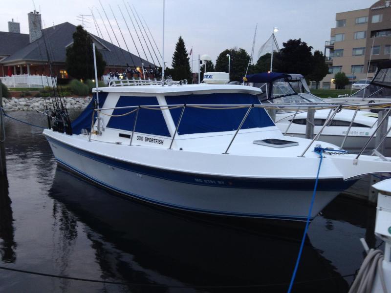 30' Cherokee Sportfisherman 300