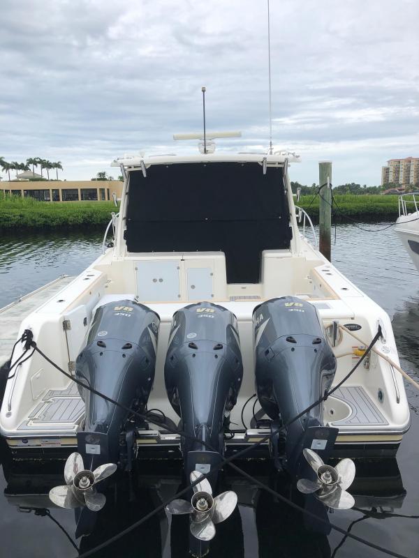 37' Pursuit 375 Offshore