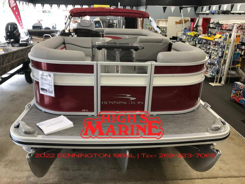 IN STOCK 2022 Bennington 198SL Pontoon Boat ROSSA RED/WHITE