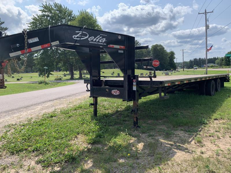 2018 Delta 210GN-32' Dually Gooseneck Flatbed Equipment Trailer