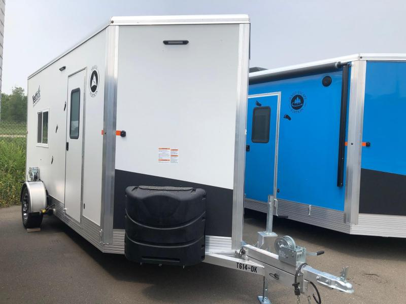 2022 Yetti TRAXX EDITION Ice House T614-DK