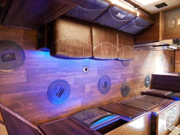 2021 Yetti GRAND ESCAPE EDITION Ice/Fish House Trailer GE824-DRKF