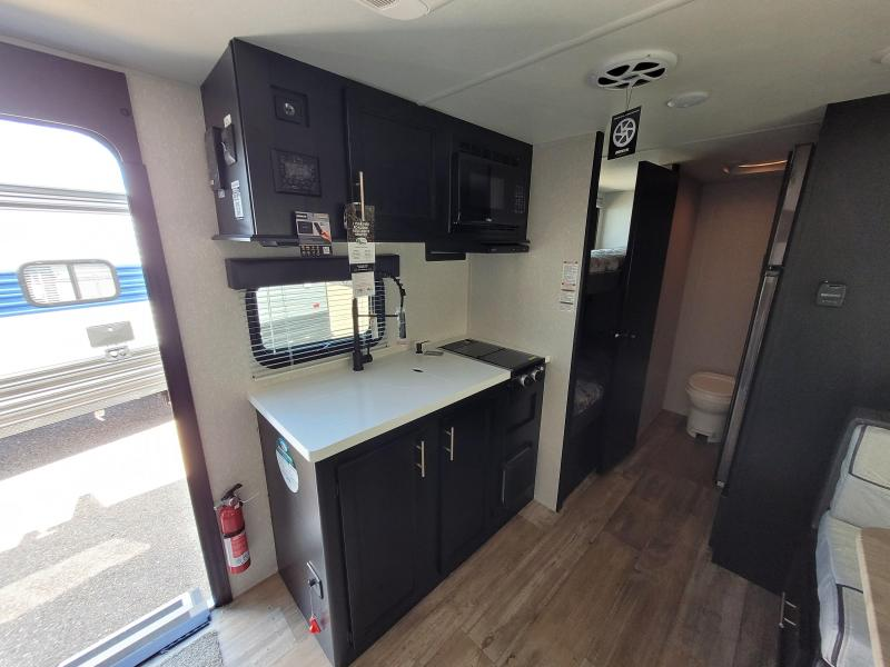 2022 Forest River Grey Wolf Wolf Pup 17JGBL Travel Trailer RV