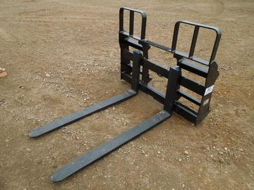 New MDS Skid Steer Loader Pallet Forks