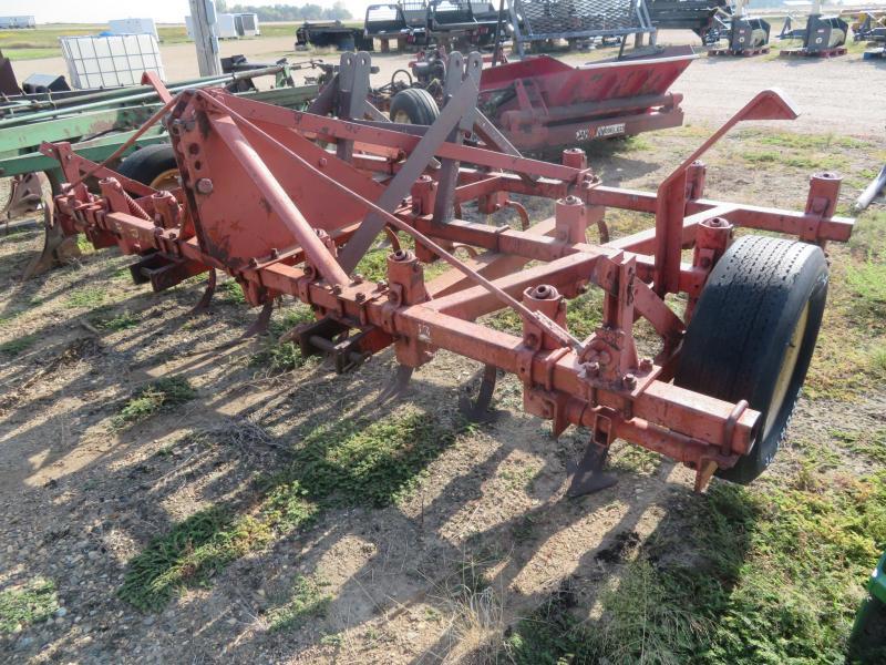 Brady 9.5' Field Cultivator