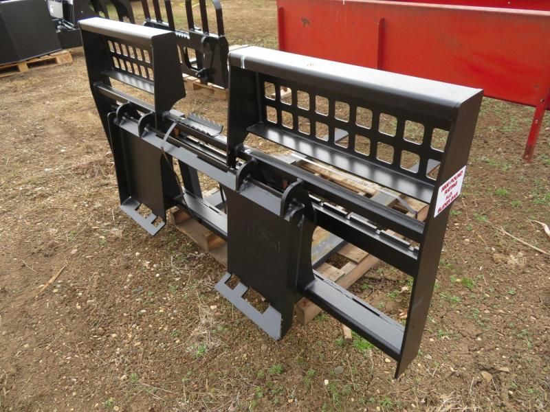 New Jenkins Walk-Thru Skid Steer Pallet Forks