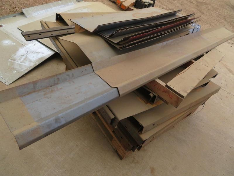 JD Cornhead Formed Row Unit Filler Plates