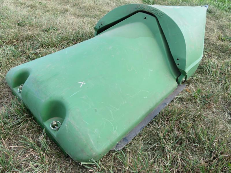 Used John Deere Permaglide Wide Center Row with Snout