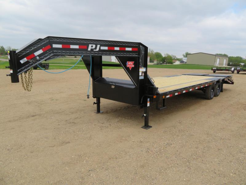 2021 PJ Trailers 26 Low Profile GN Trailer w/ Monster Ramps