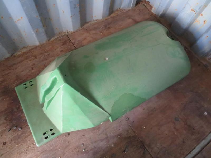 "Used John Deere Permaglide 30"" Center Row Hood"