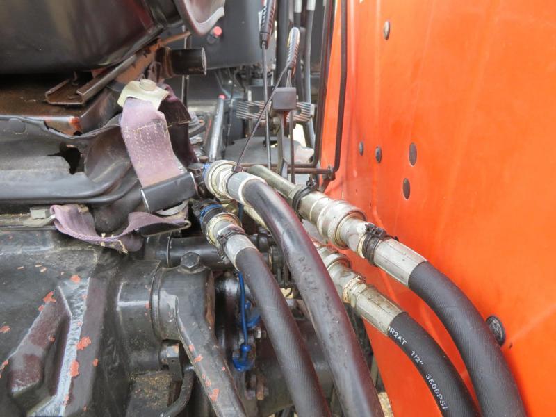 1991 Agco Allis 4650 Tractor w/ Westendorf TA25 Loader