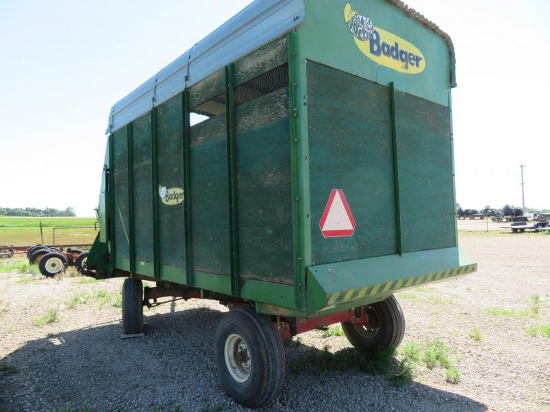 Badger BN 950 Silage Box on Westendorf Wagon Running Gear
