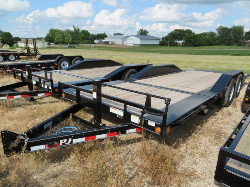2020 PJ Trailers 22 Superwide Tilt Equipment Trailer