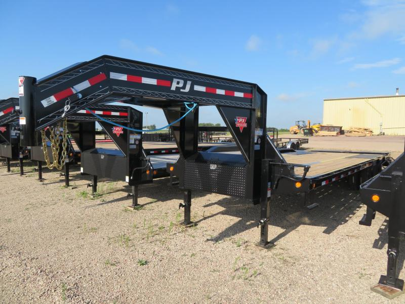 2021 PJ Trailers 28 Low Profile Tandem Dual GN  Trailer w/ Monster Ramps