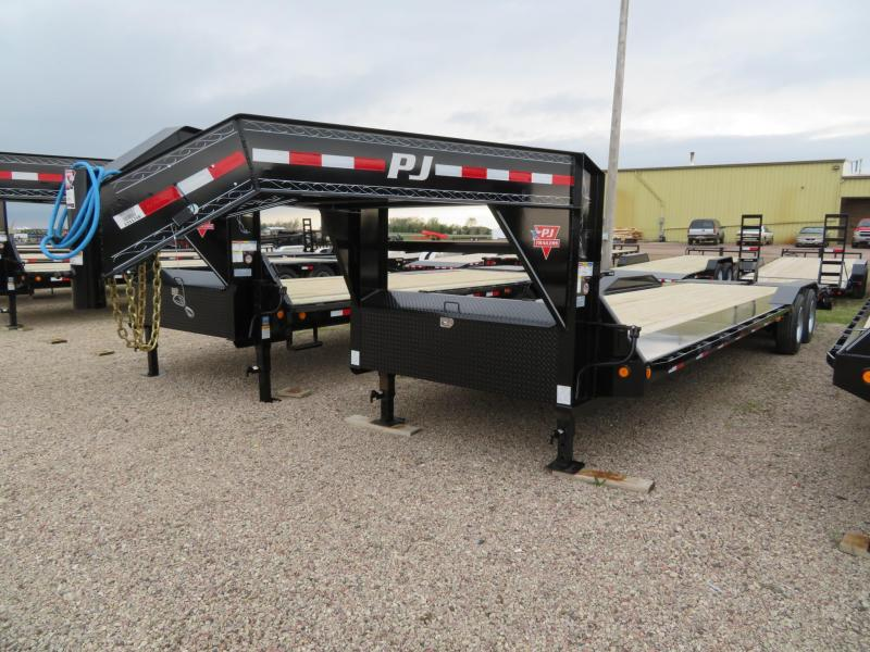 2021 PJ Trailers 30 GN Trailer w/ Monster Ramps