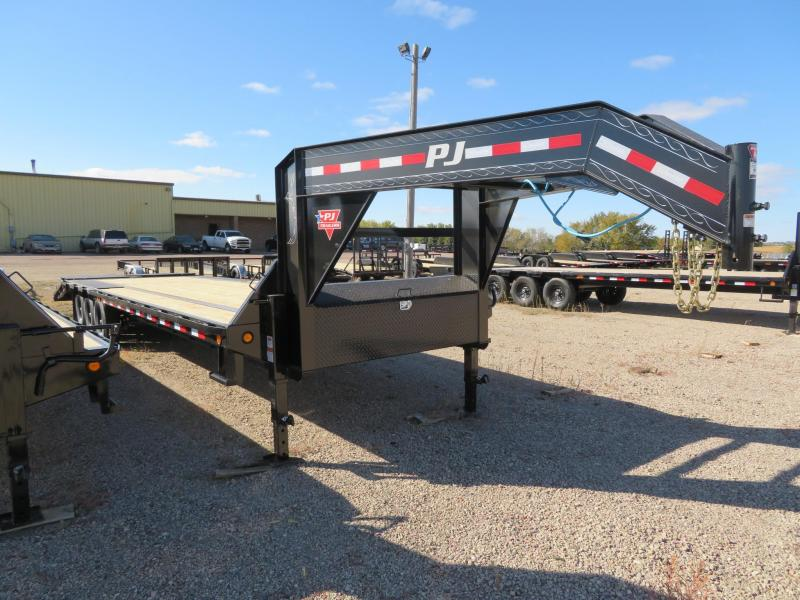 2021 PJ Trailers 32 Triple Axle Low Profile GN Trailer