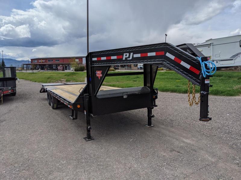 2021 PJ Trailers LX Flatbed Trailer