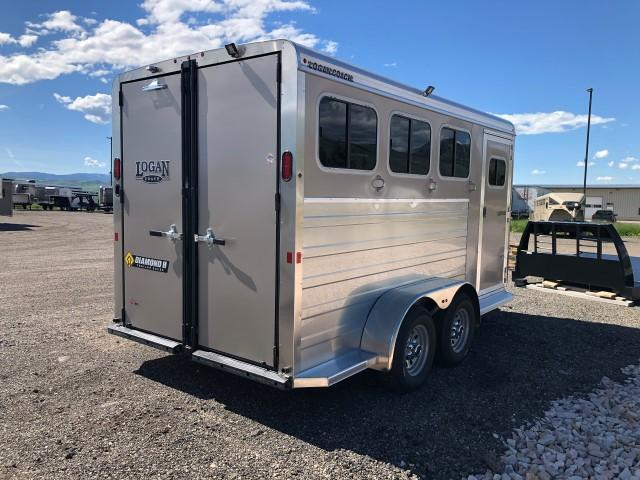 2020 Logan Coach Bullseye Horse Trailer