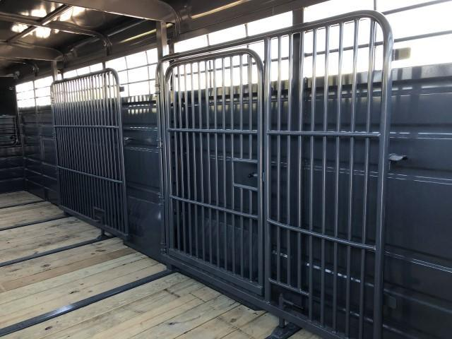 2021 Swift Built Trailers 24' Livestock Trailer