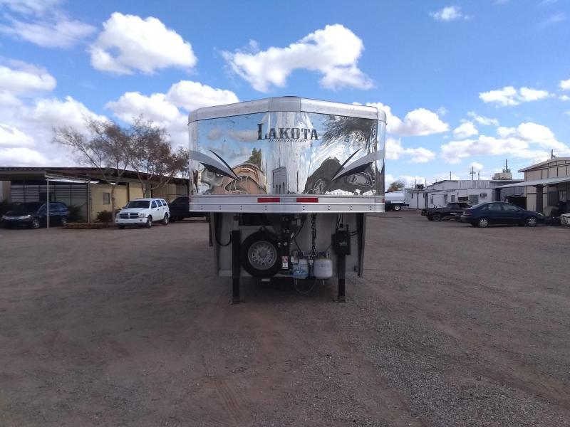 2020 Lakota LE81611 W/ SLIDE Livestock Trailer
