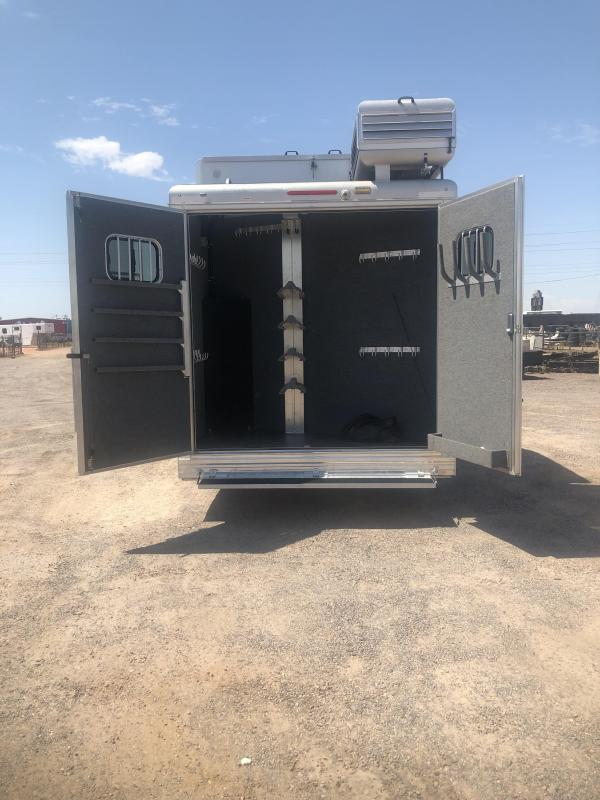2016 Bloomer Evolution 3H OUTLAW LQ 15 SW 10 SLIDE Horse Trailer