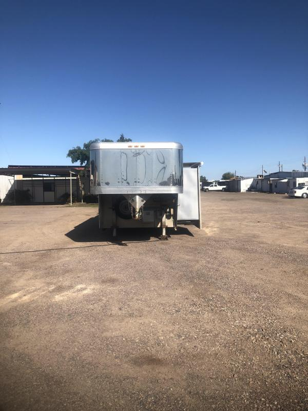 1997 Featherlite 3H LQ W/ SLIDE Horse Trailer