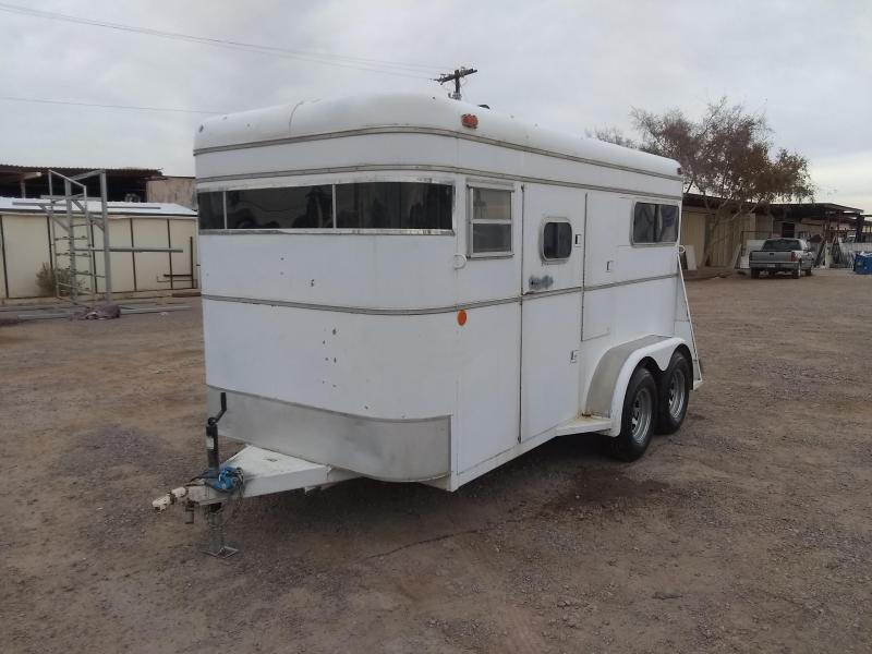1985 King 2H BP STRAIGHT LOAD Horse Trailer