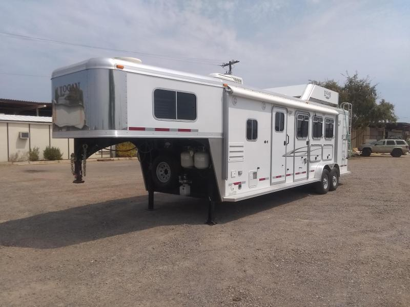 2011 Logan Coach EDGE 3H 7310 W/ SLIDE AND GEN Horse Trailer