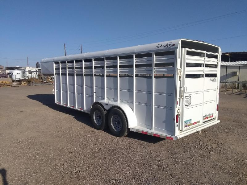 2015 Delta Manufacturing GN STOCK TRAILER Livestock Trailer