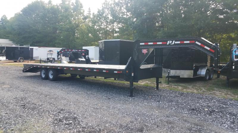 2021 PJ Trailers FS30 Equipment Trailer