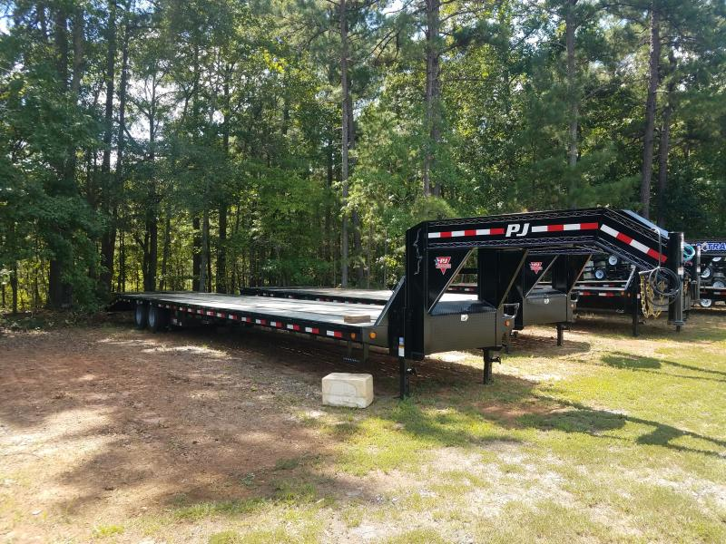 2021 PJ Trailers LD40 Equipment Trailer