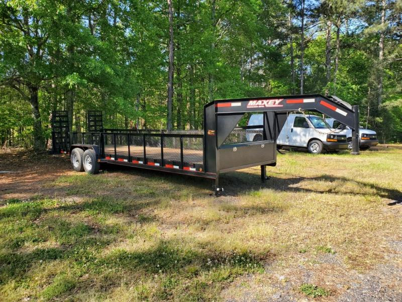 2015 Maxi Products Company Inc. 7x26 gooseneck Equipment Trailer