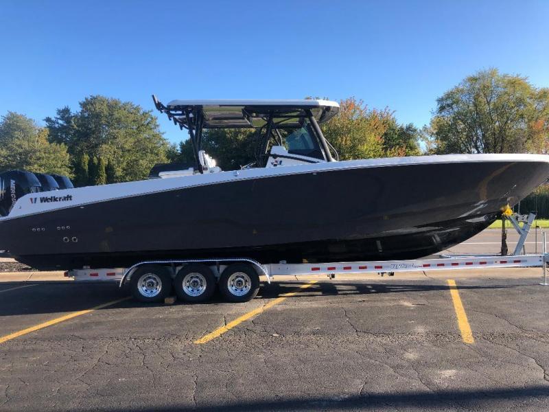 2021 Wellcraft FISHERMAN 352; MERCURY TRIPLE 400XL VERADO Center Console