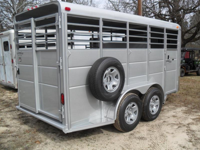 2022 Calico Trailers 16' Bumper pull Livestock Trailer