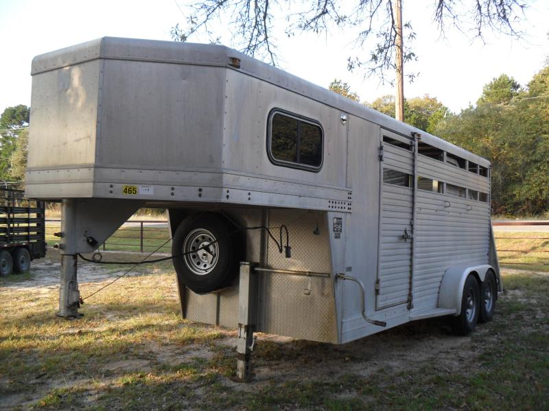 1996 W-W Trailer 3 horse slant load Livestock Trailer