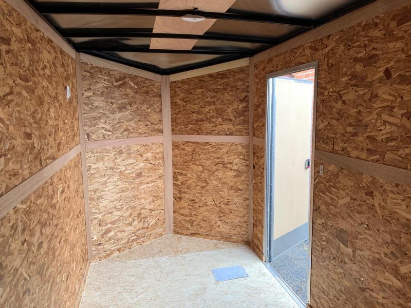 6x12 LOOK DLX - 7' Interior Height - w/ Ramp Door