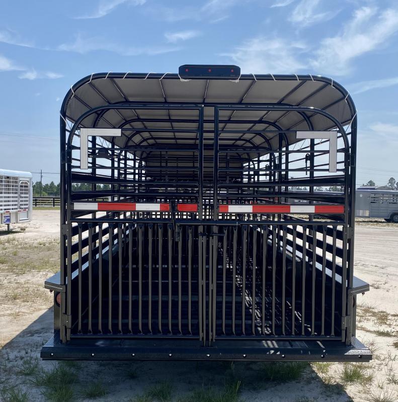 2021 Stoll Trailers Inc. Livestock Trailer