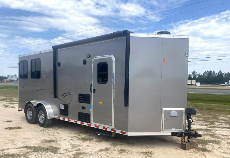 2019 Dixie Star Livestock Trailer