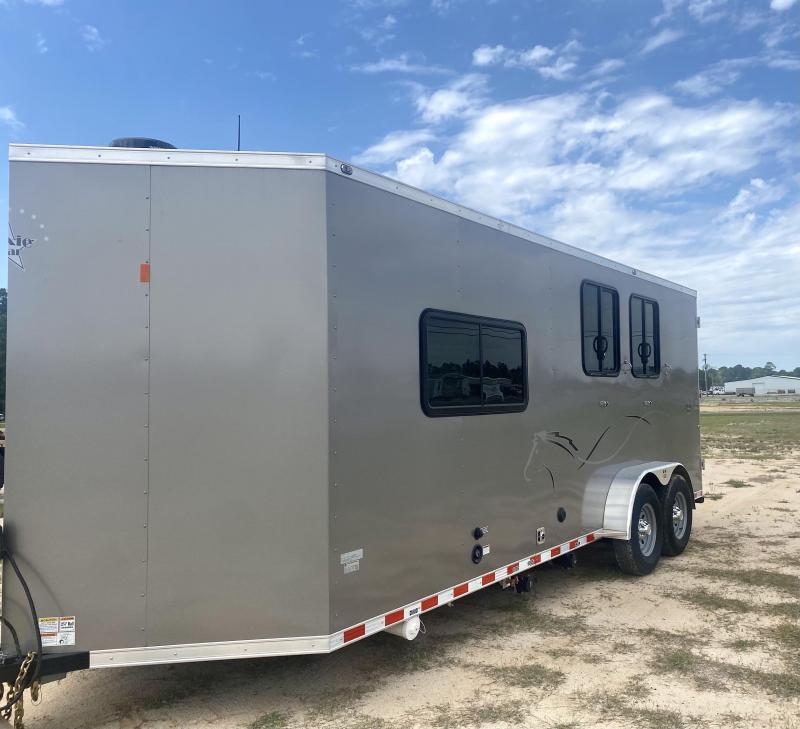 2019 Dixie Star Livestock Trailer