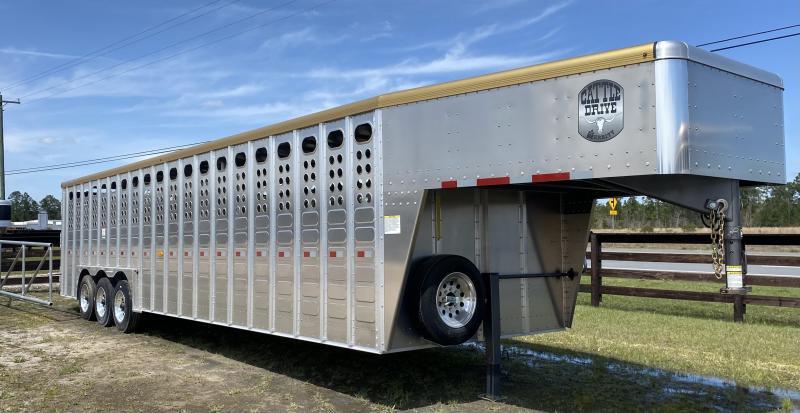 2020 Merrit Trailers Livestock Trailer