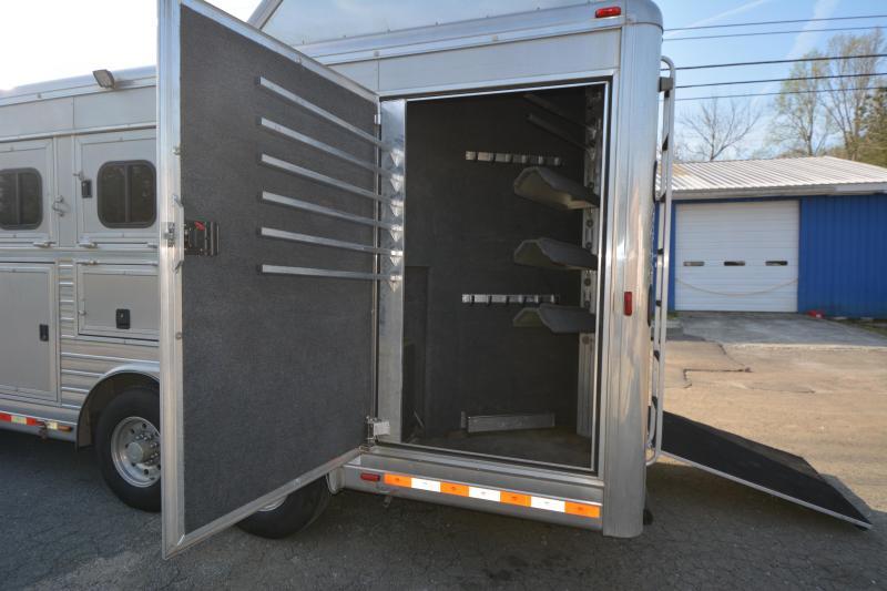2008 Hart Trailers 8311 Horse Trailer