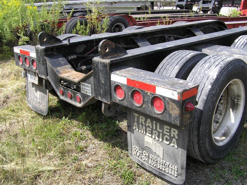 "2006 Fontaine 55 ton Low Boy 18"" deck"