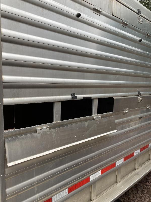 2016 Featherlite 7.5' x 28' 8413 Double Deck Stock Livestock Trailer